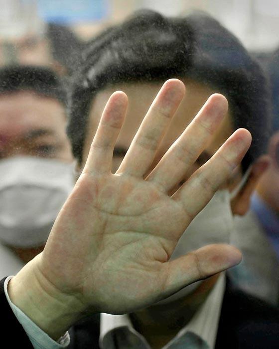 Поистине, фотопроект Майкла Вульфа «Давка в Токио», показывающий обыденную и довольно привычную для