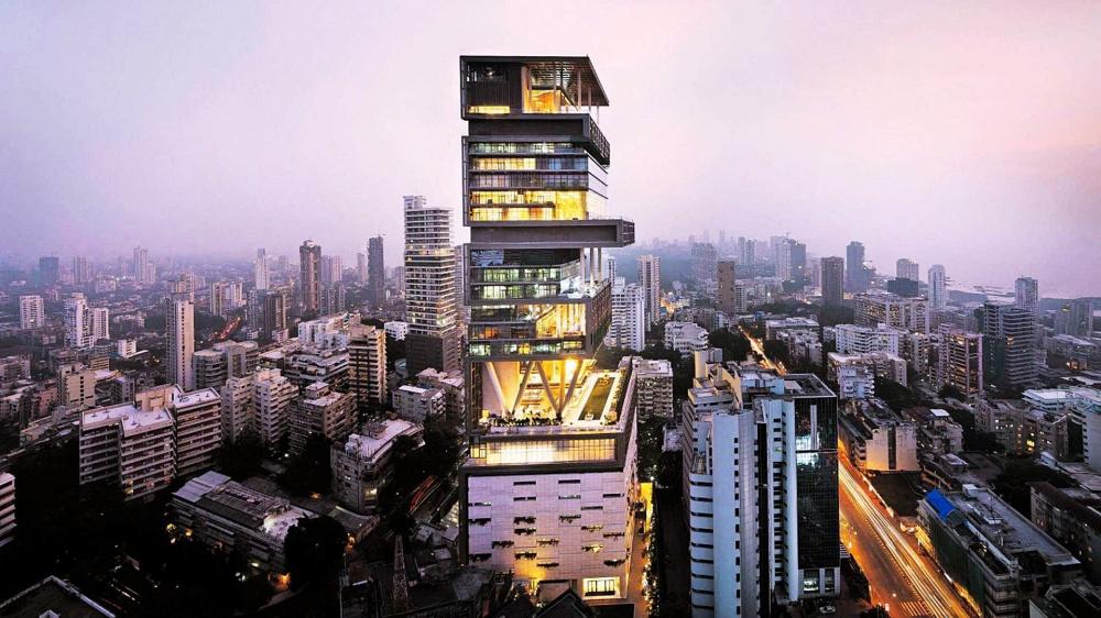 © blog.zricks.com  Это самый дорогой вмире дом стоимостью $1млрд. 27этажей, спортивный цен