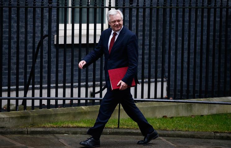 Британский парламент проголосовал заначало выхода страны изЕС