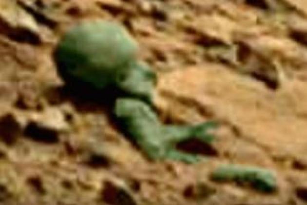 NASA показало фигуру инопланетянина наМарсе