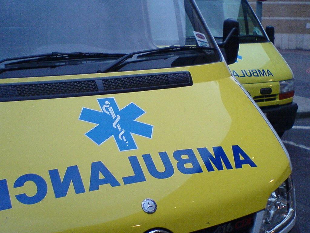 Власти Англии закупили машины скорой помощи для тучных
