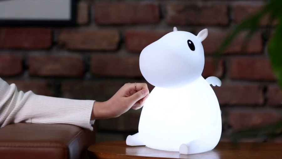 Adorable Lamp Controlled by a Smartphone App