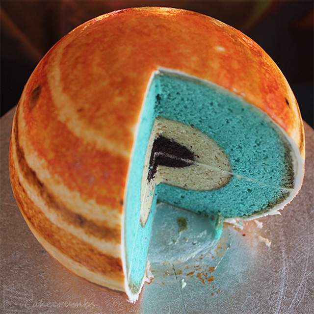 Planetary Structural Layer Cakes Designed by Cakecrumbs (4 pics)