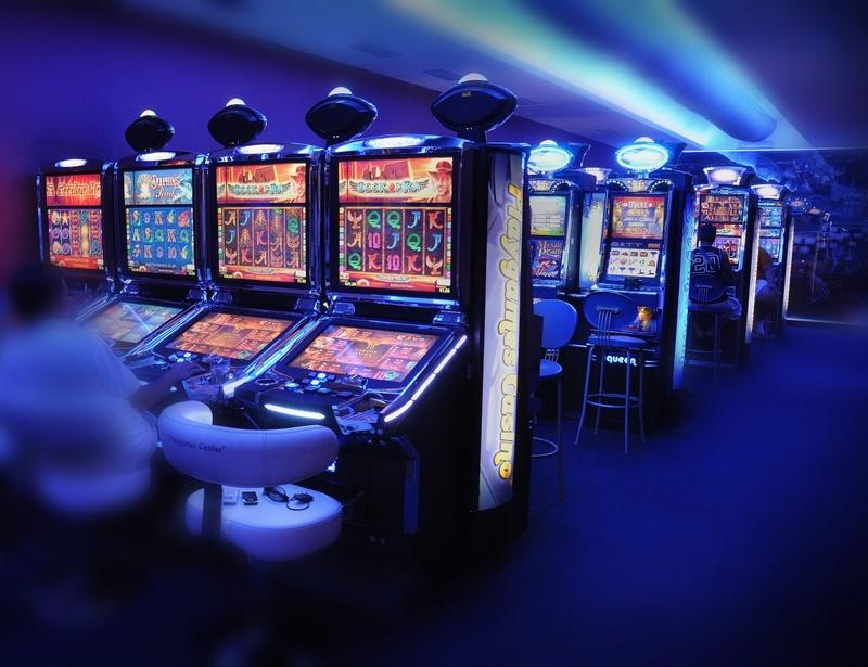 Казино Вулкан: как научиться играть в автоматы