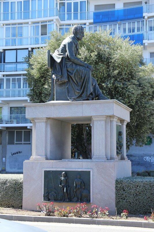 Малага. Авенида Мануэлья Эредиа (Avenida de Manuel Agustín Heredia)