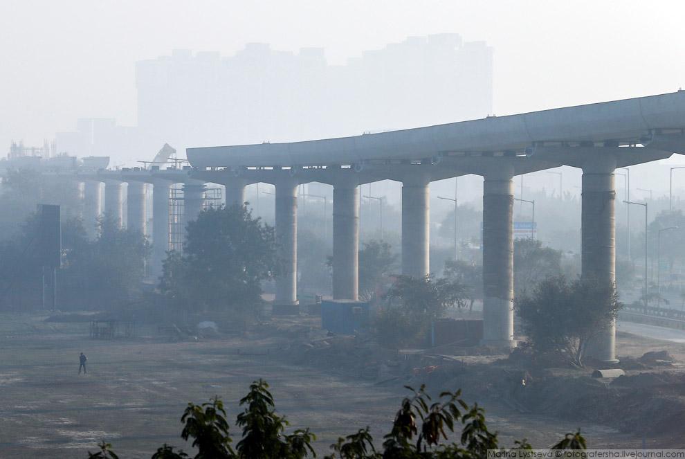 8. Строительный городок разбивают непосредственно около рабочего места.
