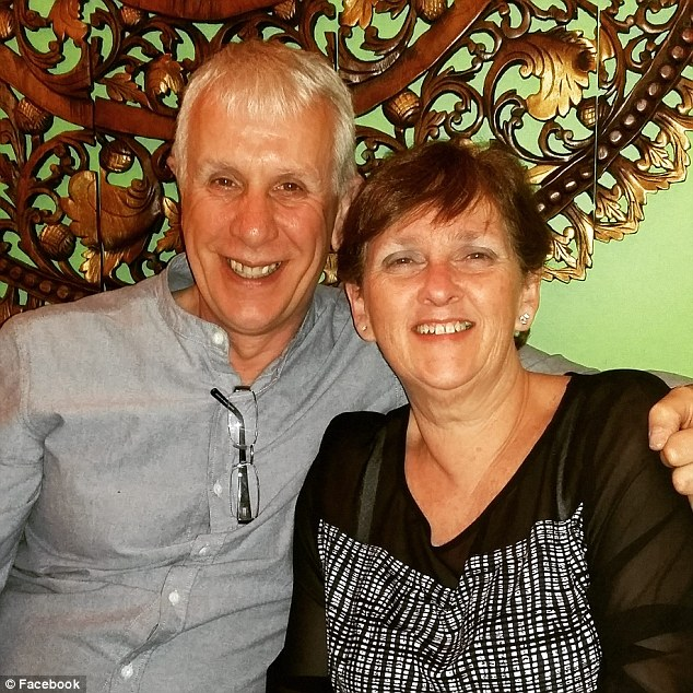 Свое неожиданное богатство пара объясняла тем, что дедушка Стиви-Ниа умер от рака и в завещании указ