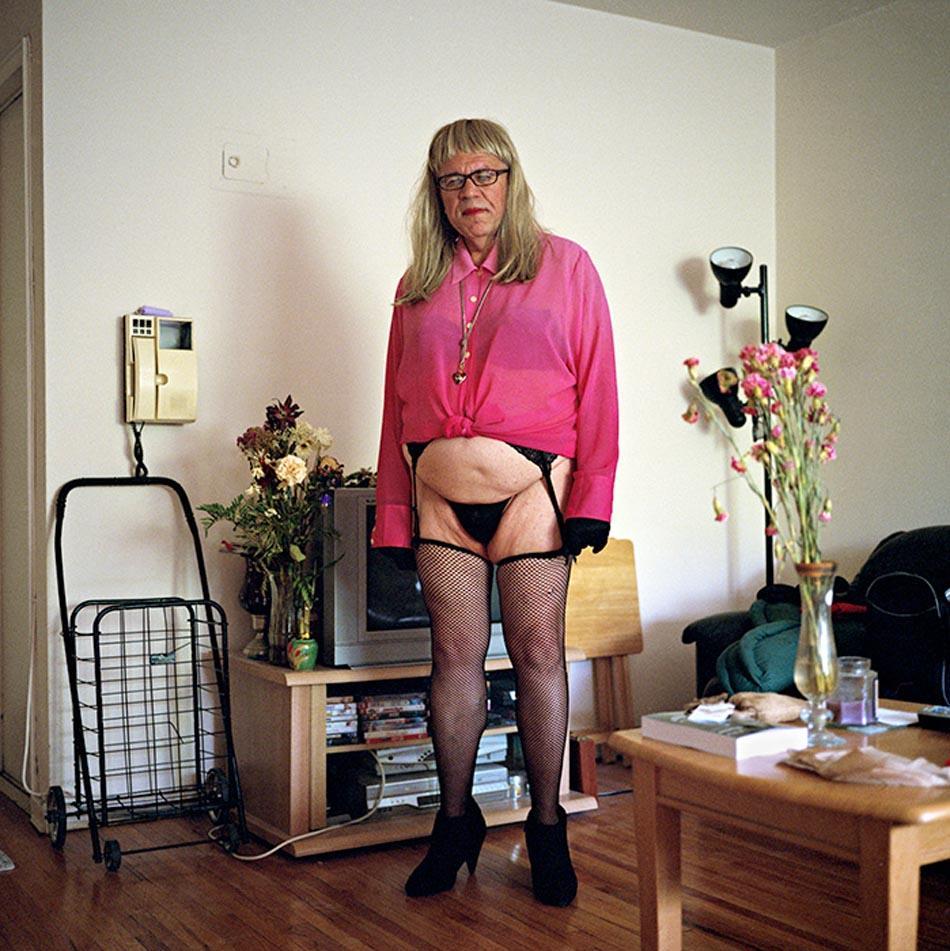 8. Проститутка Тамми, бисексуал, любит переодеваться в женщину.