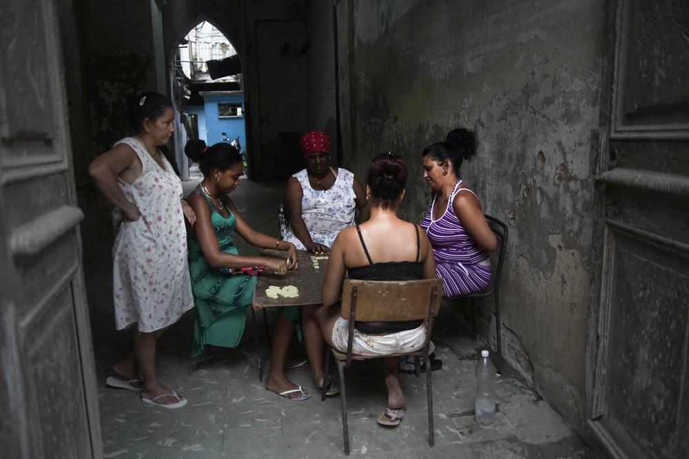 Кадры повседневной жизни на Кубе (42 фото)