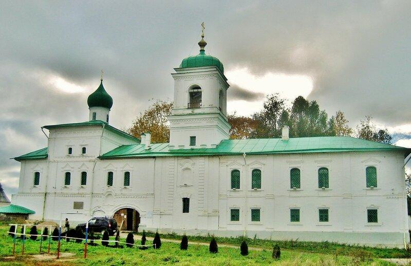 Стефановская церковь Мирожского монастыря во Пскове