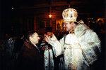 Рождественское богослужение. Епископ Балтийский Пантелеимон помазывает елеем мэра г. Калининграда Игоря Кожемякина.