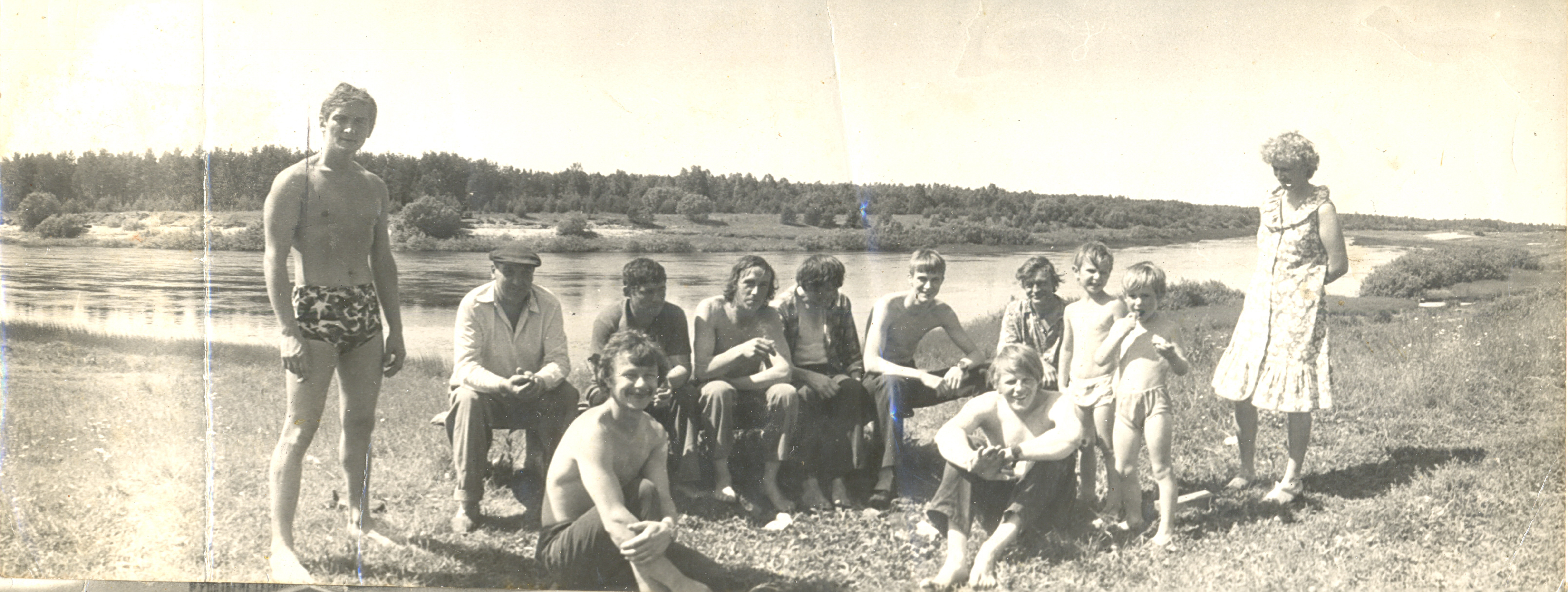 1985. У реки Чагодоща