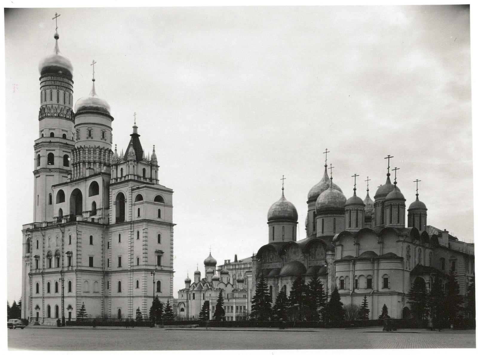 Кремль. Церковь и колокольня Ивана Великого, Благовещенский собор