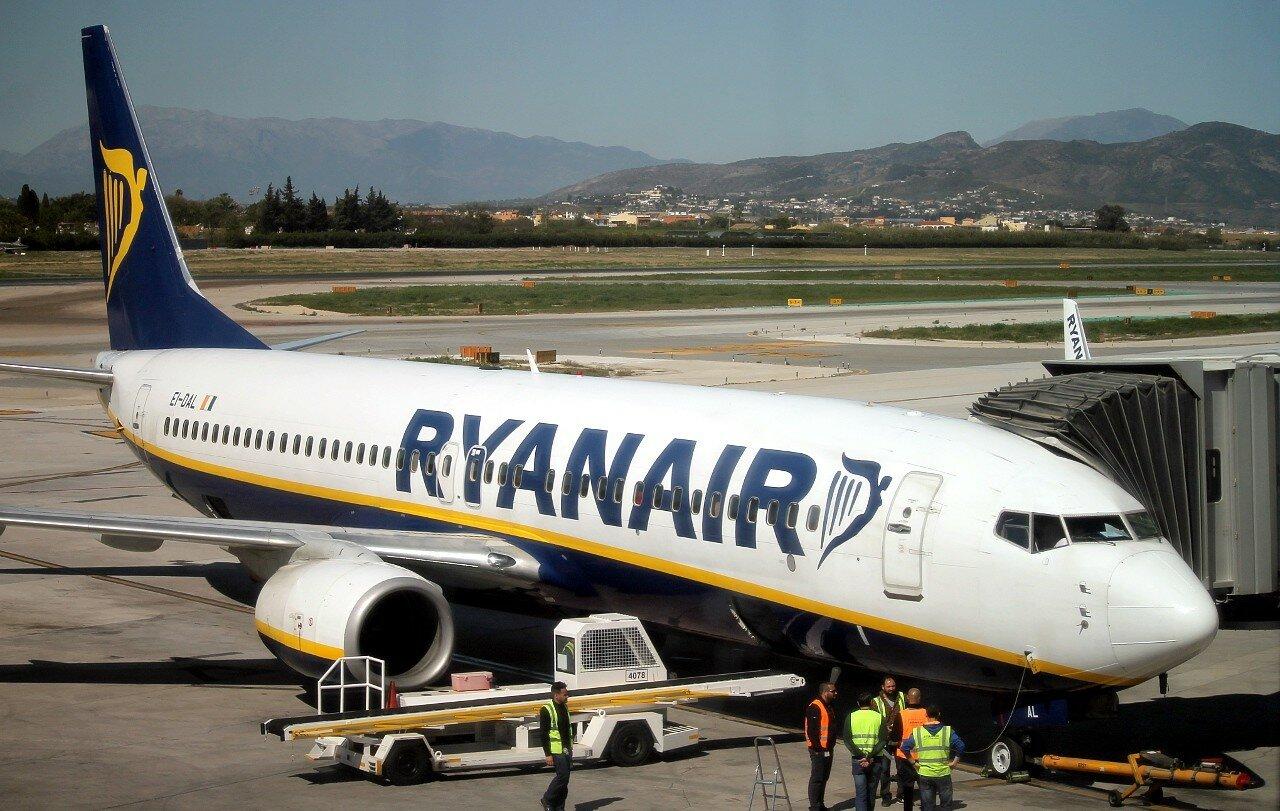 Airport Malaga-Costa del Sol. Rynair Boeing-737 EI-DAL