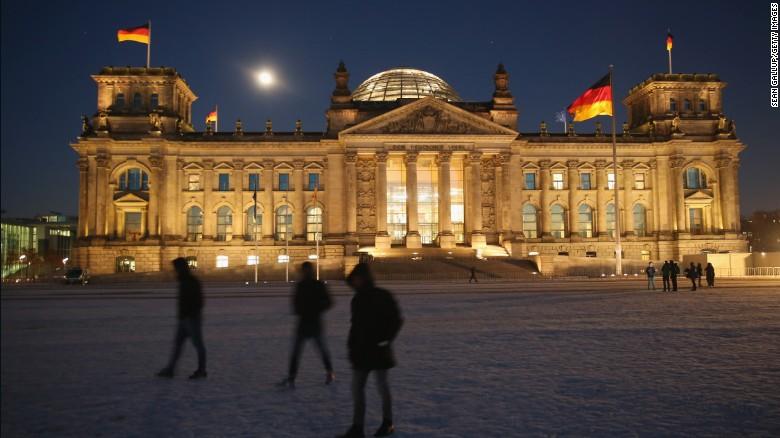 И наконец, на первом месте рейтинга — Германия. Обладая паспортом немецкого гражданина, вы спокойно