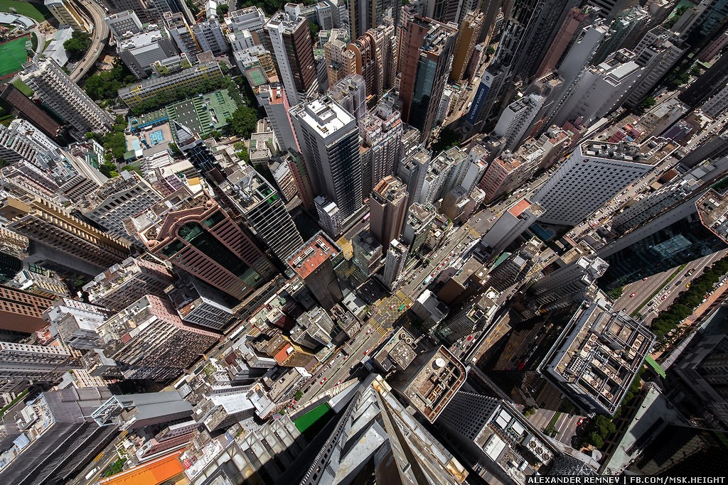 6. Высота 201 метр, это 52 этажа.