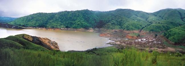 © Wikipedia  Озеро, которое погубило жизни 1746человек. 21августа 1985 года наблизлежащих