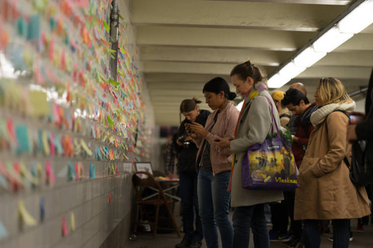 Subway Therapy - Thousands of love notes in the New York subway