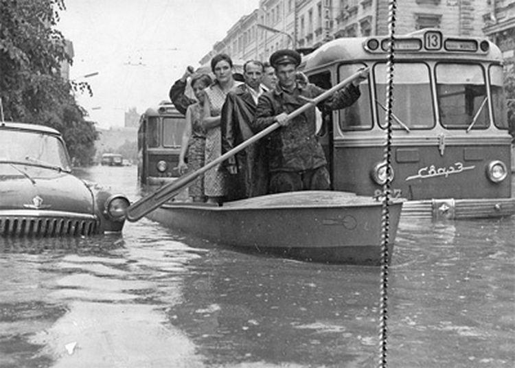 32874 Наводнение на Неглинной улице 65.jpg