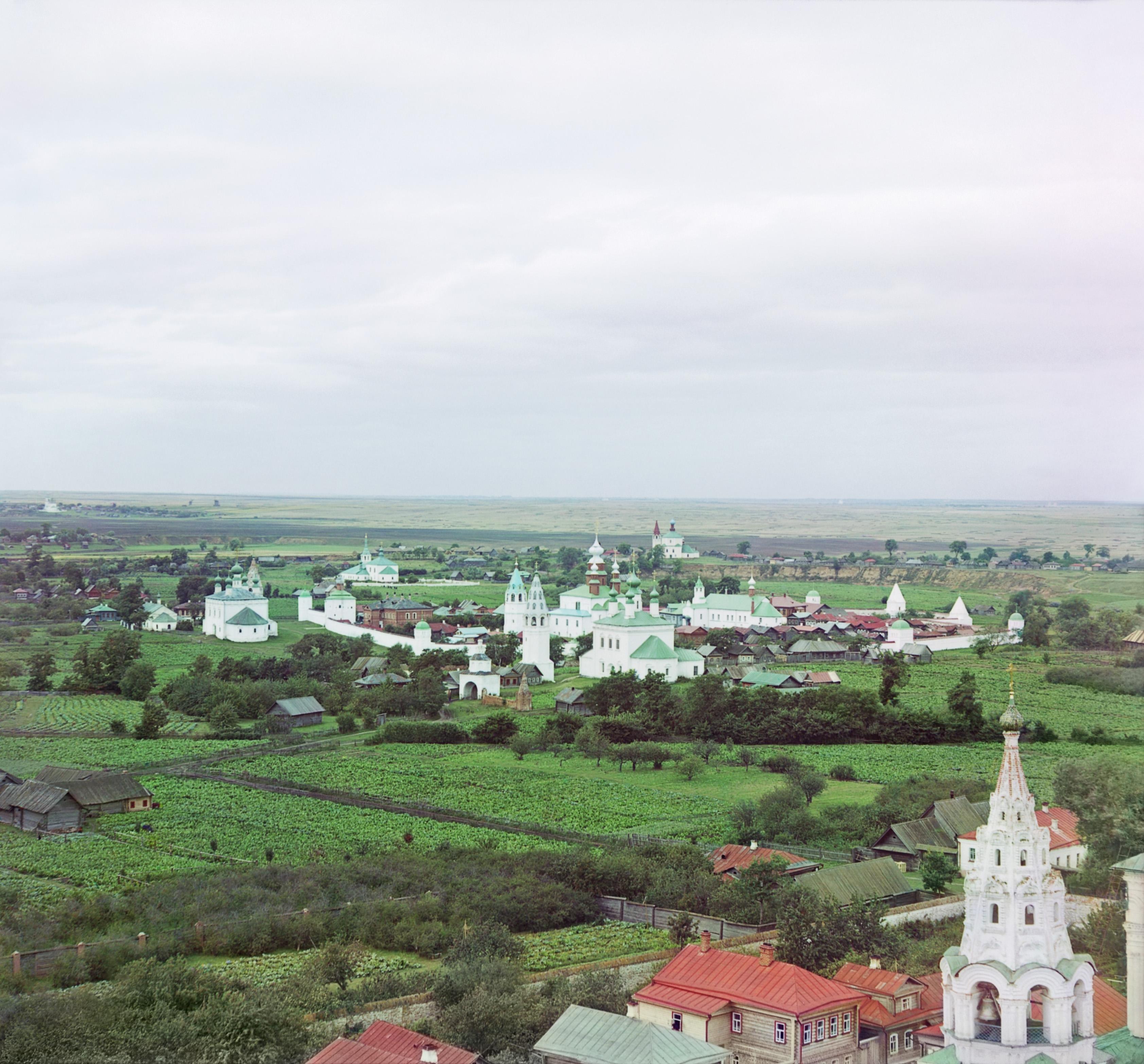 Покровский женский монастырь. Общий вид с юга