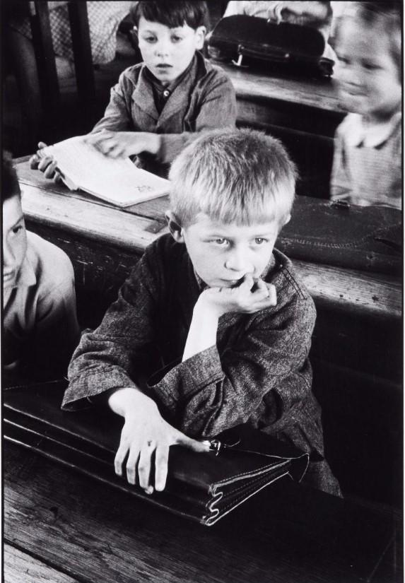 1937. Школа в Обервилье
