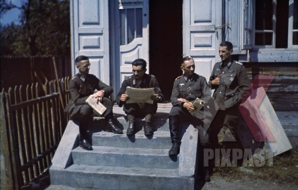 stock-photo-ww2-color-luftwaffe-field-division-2nd-lufllotte-officers-ribbon-bar-german-war-merit-cross-kvk-8520.jpg