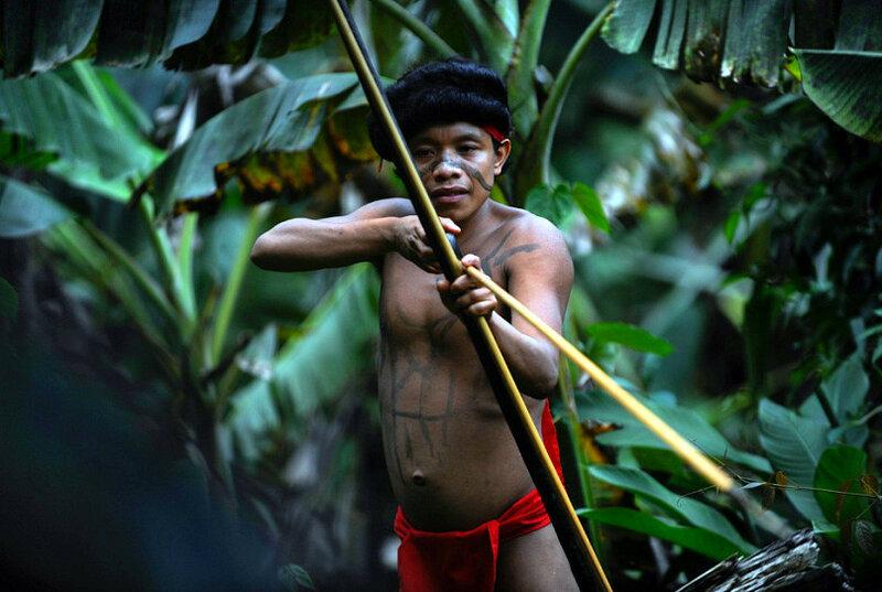 Секс амазонка с местной из племени