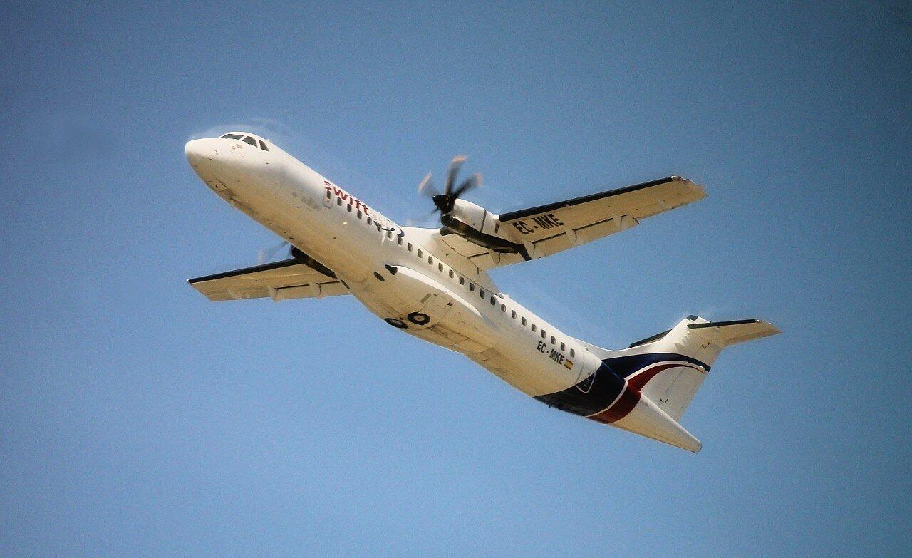Аэропорт Малага-Коста-дель-Соль. ATR 42/72 EC-MKE Swiftair