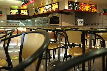 ВСША одновременно закрылись неменее 100 ресторанов икомпаний