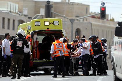 Втрамвае зарезали студентку из Великобритании — Теракт вИерусалиме