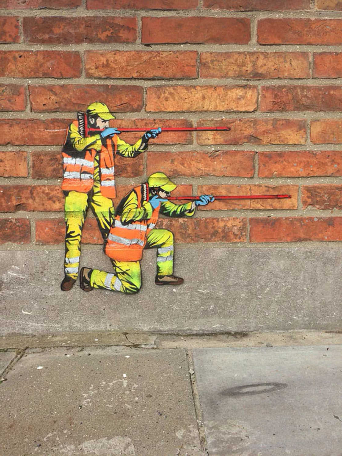 The secret and funny life of city workers