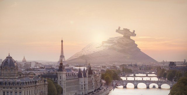 Star Wars Spaceship Aground in Real Life (8 pics)