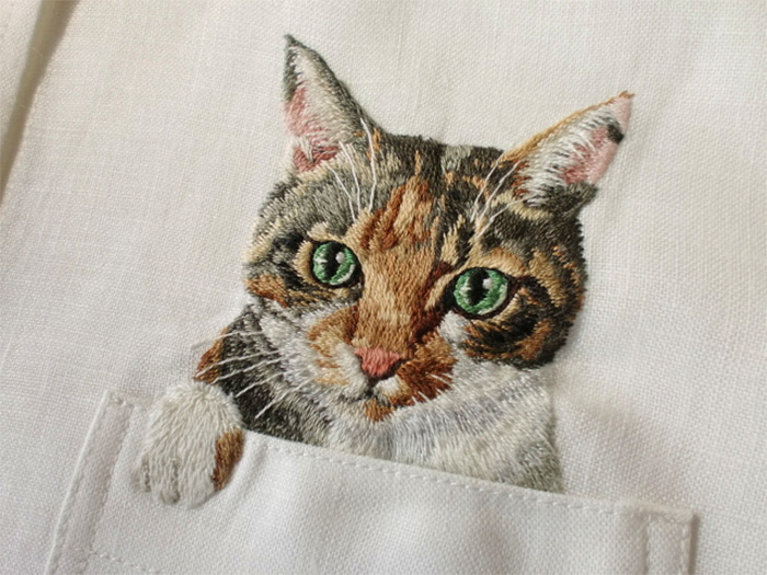 Artist Hiroko Kubota Embroiders Popular Internet Cats on Shirts at the Request of Her Son (6 pics)