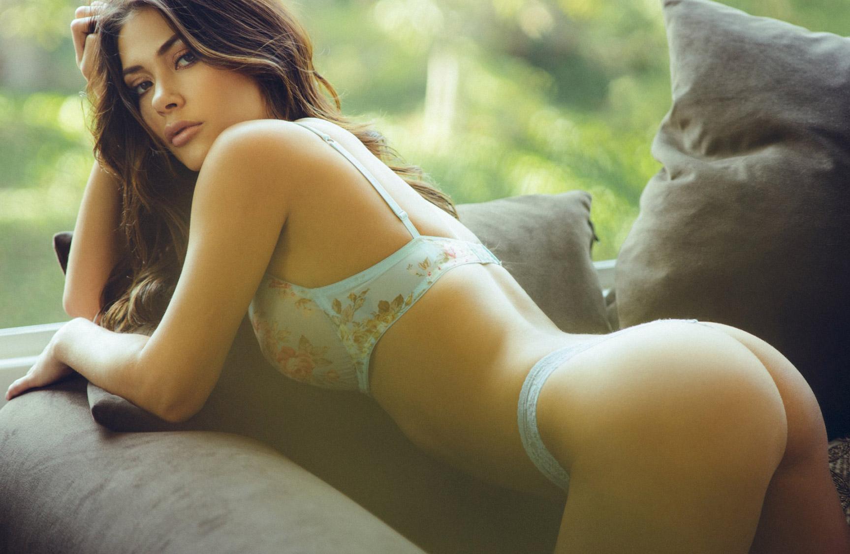 Арианни Селесте в нижнем белье / lingerie photo - Arianny Celeste by Ben Tsui
