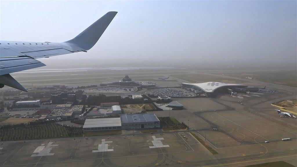 Баку: международный аэропорт Гейдар Алиев. Фото: khmelikvictor.livejournal.com