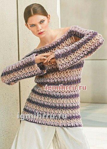 Пуловер из трехцветных полос с пышными столбиками. Вязание крючком