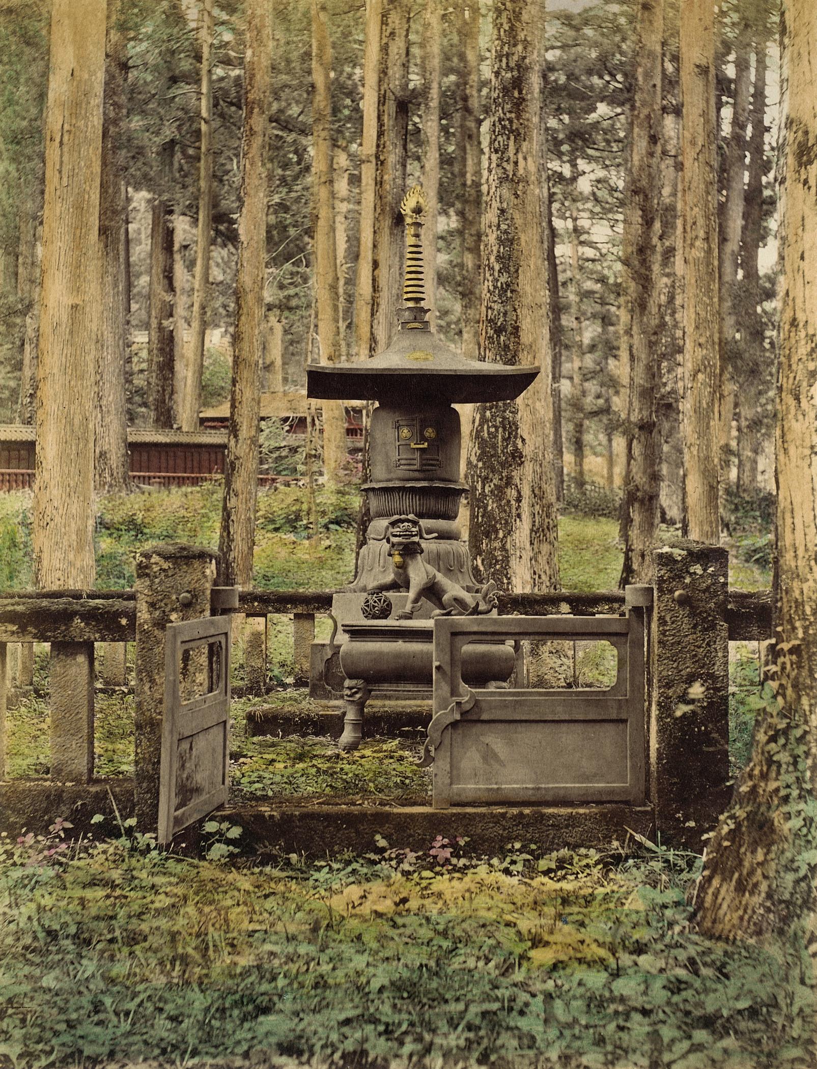 Бронзовая гробница