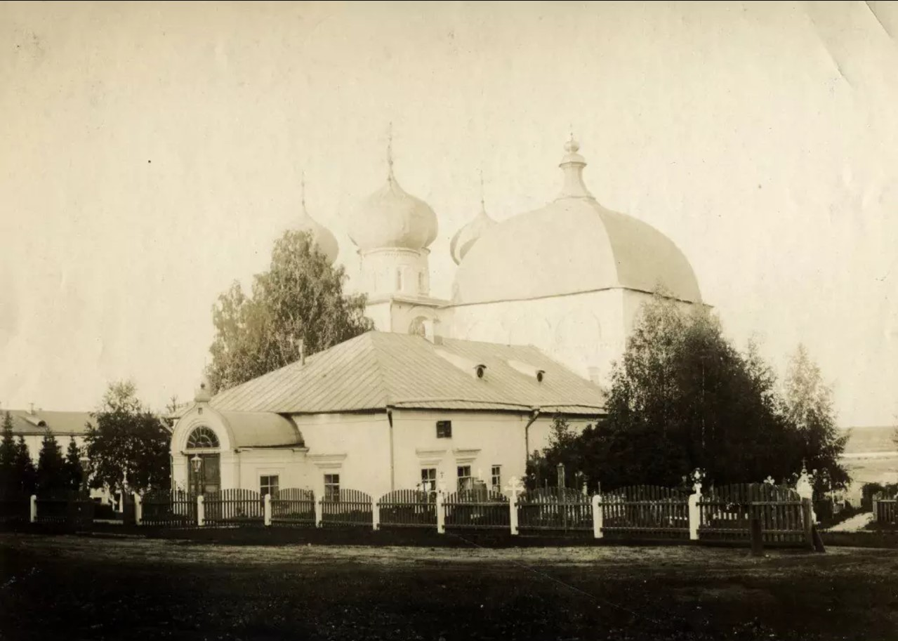 Трифонов монастырь. Благовещенская церковь