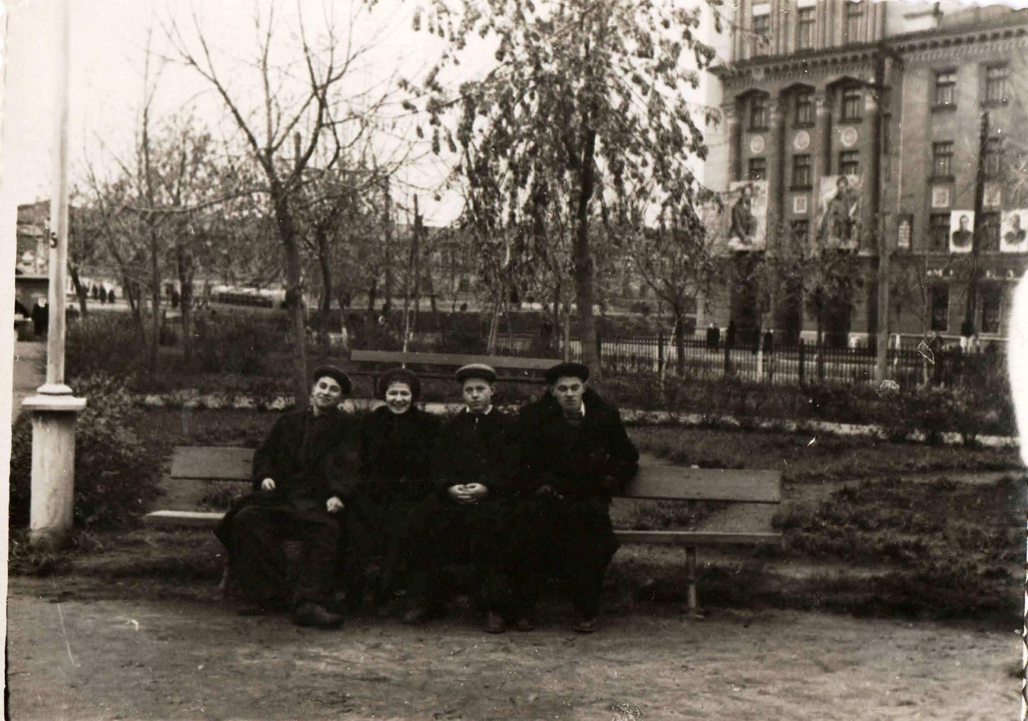 1954 - 1955. Сквер Тукая