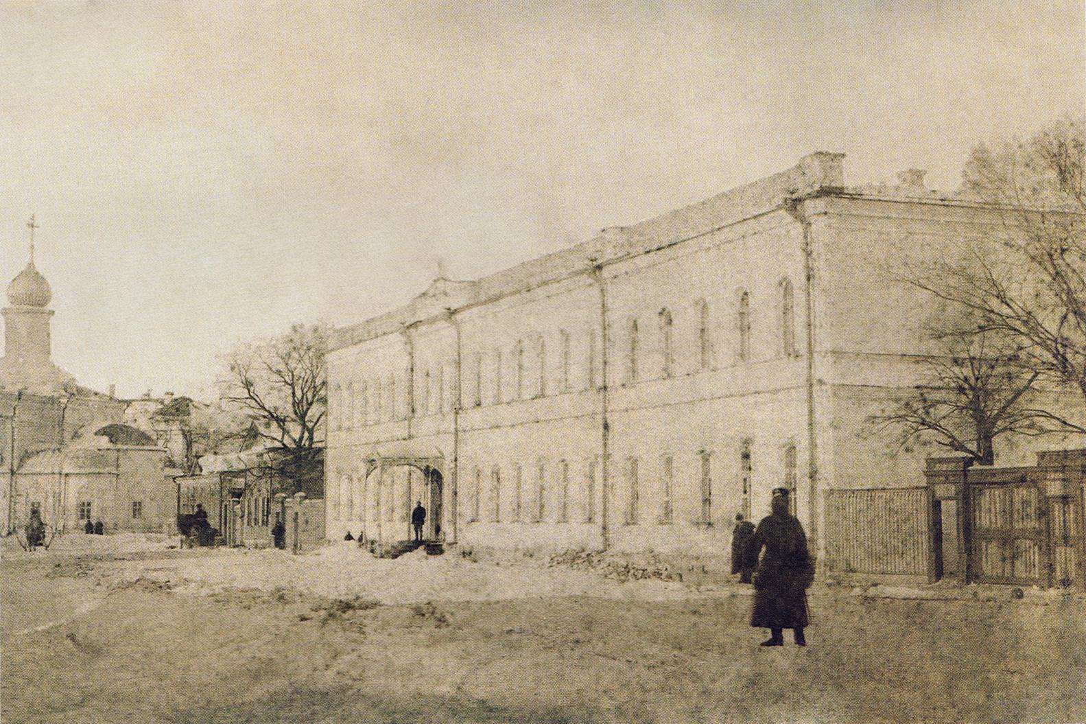 Семинарская улица. Здание епархиального общежития