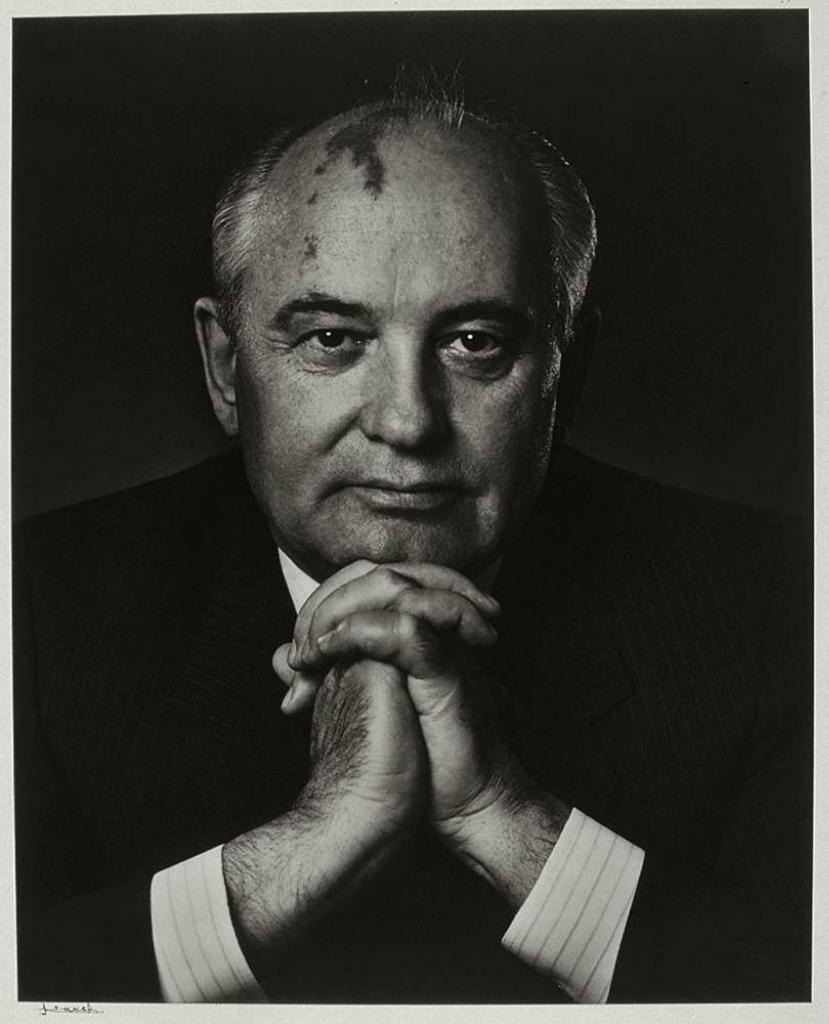 МИХАИЛ ГОРБАЧЕВЮсуф КаршДАТА:1990