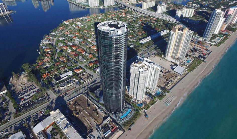 Роскошное жилье в небоскребе с собственными парковочными местами в каждой квартире