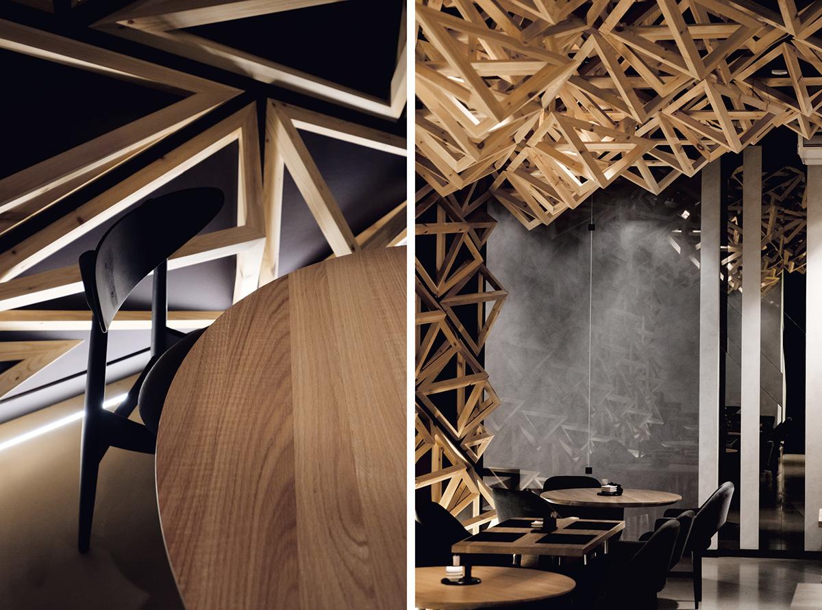 Суши-бар в Санкт-Петербурге с пирамидами в интерьере