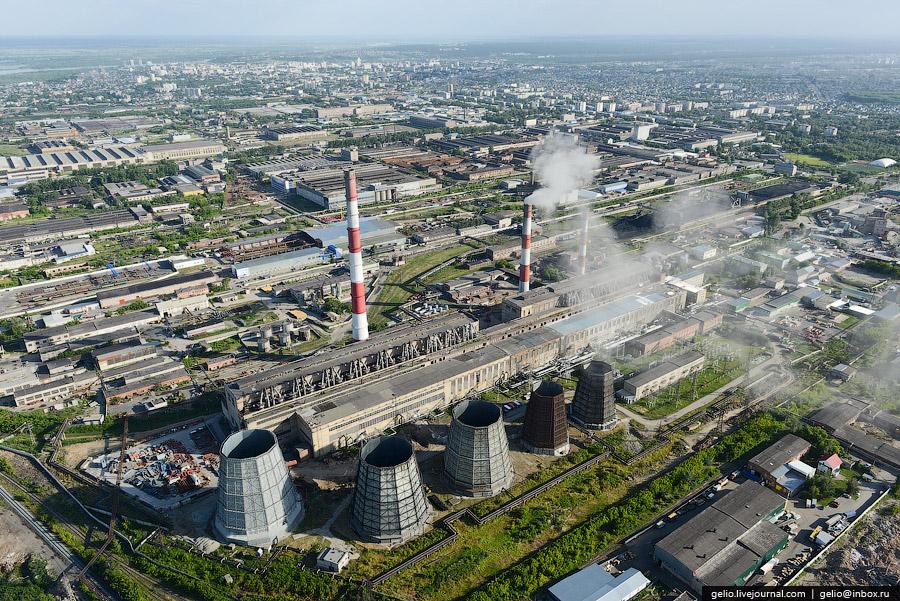 Снабжает электрической энергией и теплом, главным образом, центральную часть города.