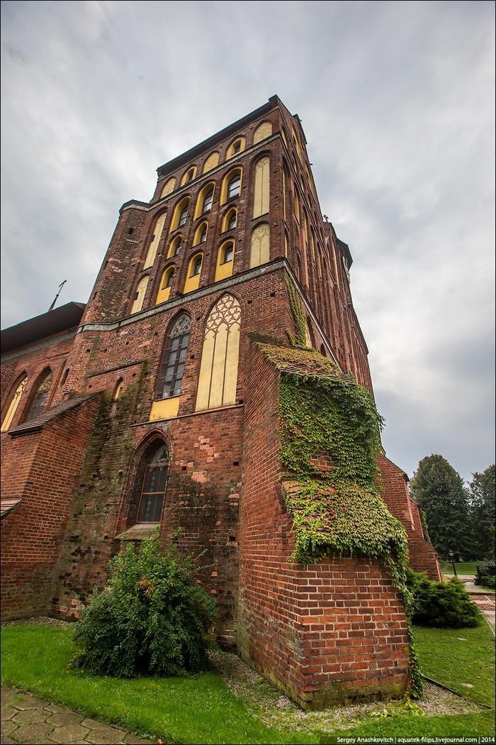 9. С какой стороны ни подойдешь к собору, он невероятно фактурен и фотогеничен.