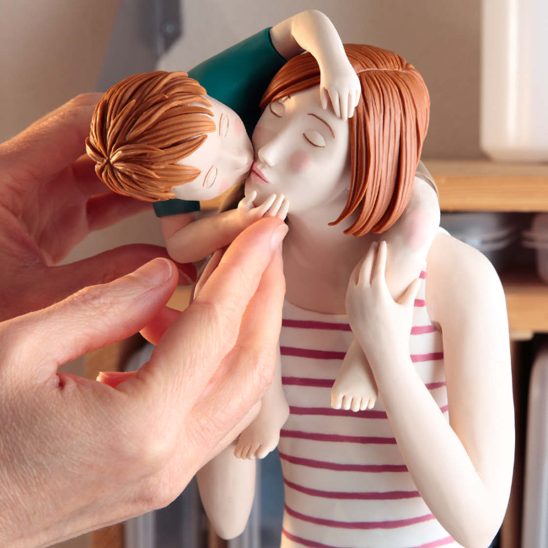 The latest sculpted illustrations by Irma Gruenholz