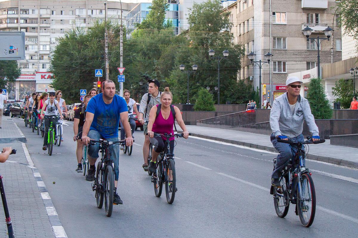велопарад Леди на велосипеде фото 3