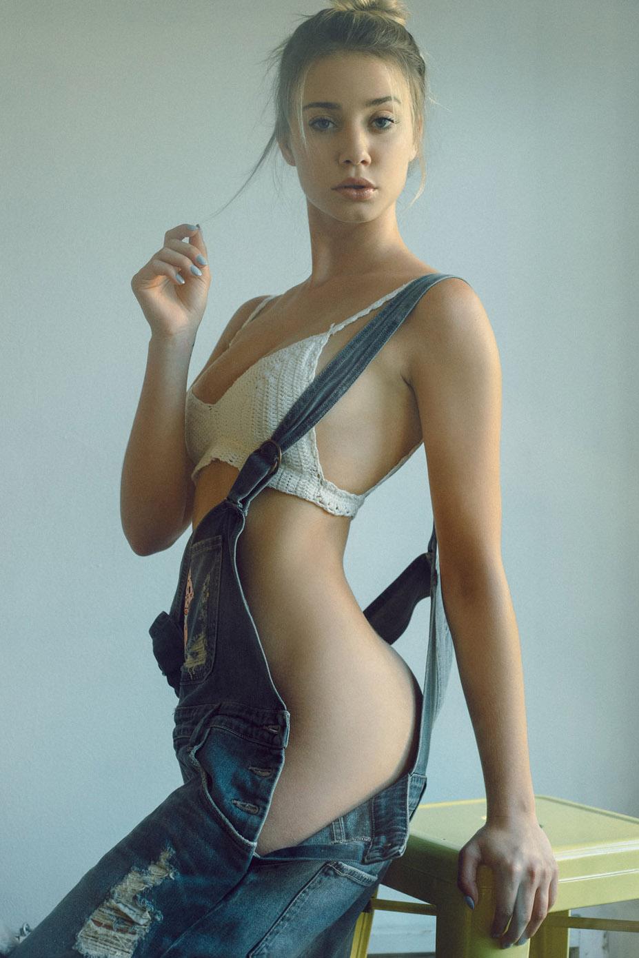 пижамная вечеринка с девушкон Playboy Джози Огюст / Josey Auguste by Ben Tsui - Pajama Party