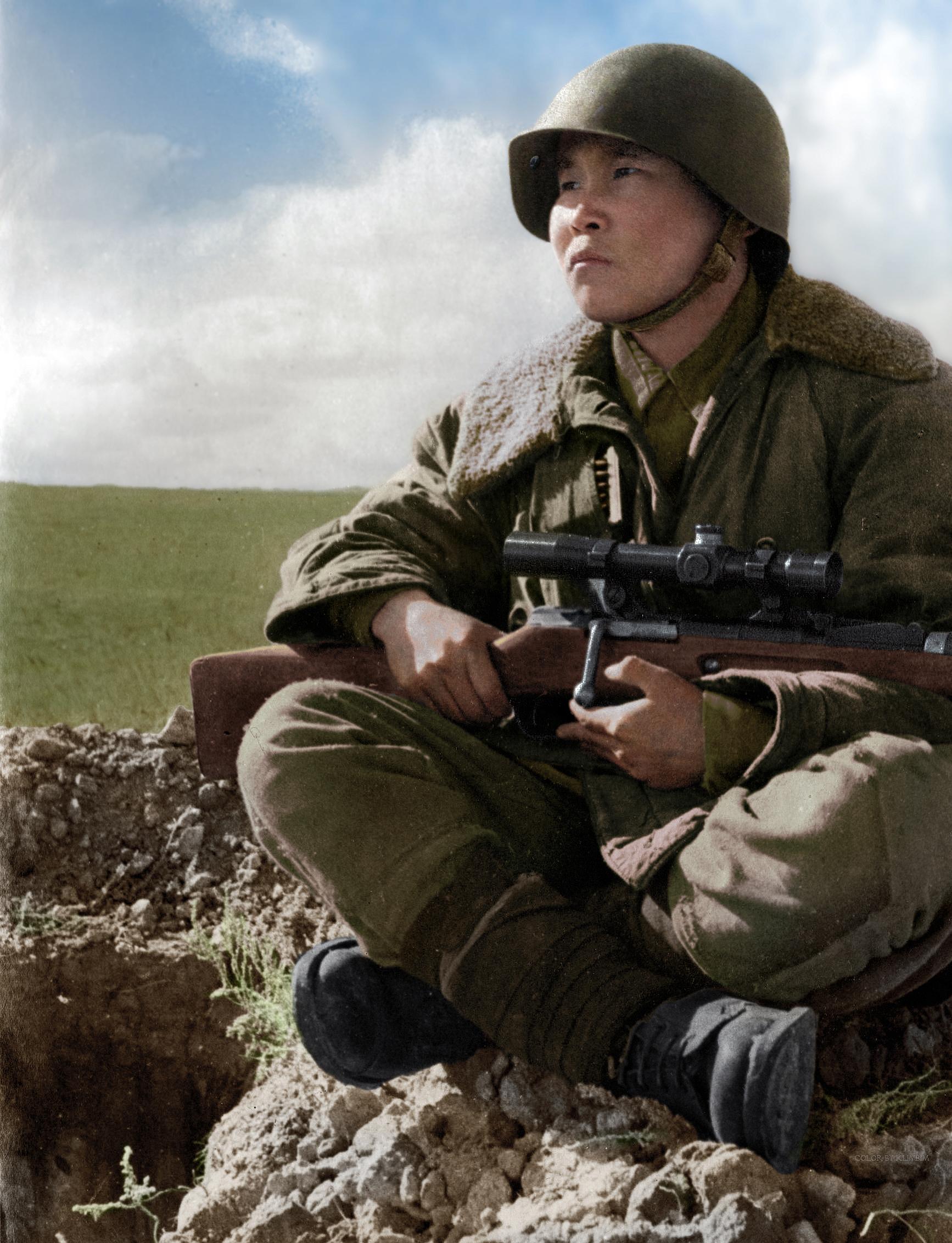 Советский снайпер Максим Пассар