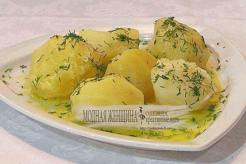 Отварной-картофель